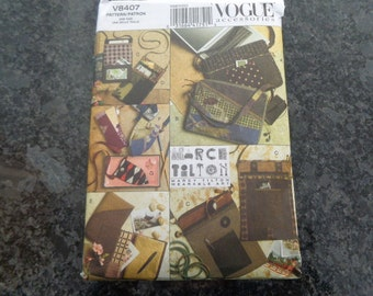 Vogue bags and accessories pattern