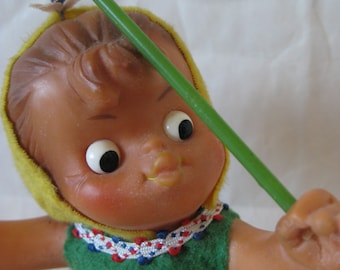 Shabby Gardener Girl Doll Toy Yellow Green Rake Vintage Limmer Hummelwerk Dancing Germany Wind - Up