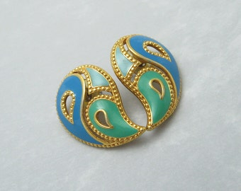 Vintage Paisley Earrings Avon Jewelry Book Piece E6381