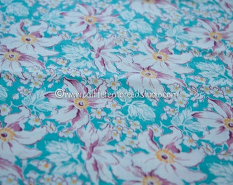 Lilies on Turquoise - Vintage Fabric Full Feedsack 50s 60s Novelty Colorful Tropical Islands