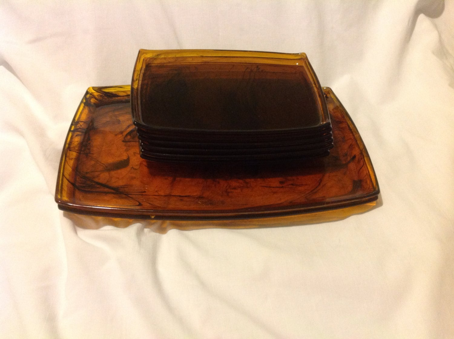 Vintage tortoise shell look plastic canap trays haute juice for Canape trays