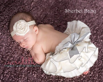 Handmade Classic Style Ivory with Silver Gray Sassy Pants Ruffled Bloomer Diaper Cover with Bow