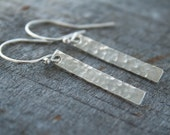 Simple Silver Earrings - Minimal Earrings - Silver Bar Earrings Dangle - Minimalist  Earrings - Hammered Earrings - Gift Under 30