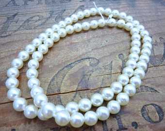 Glass Pearl Vintage Japanese Glass Pearl 7mm White (75)