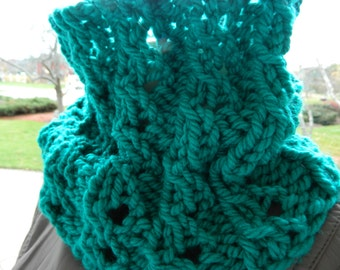 Soft Ribbed/Mock Cable Cowl Scarf in Teal Green
