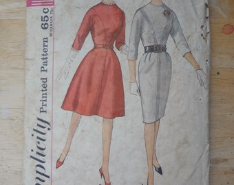 Vintage Early 1960s Dress Sewing Pattern, Simplicity 4694, bust 40