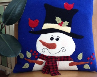 Snowman Pillow, Accent Pillow, Appliquéd Pillow