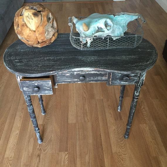 shabby chic desk black white shabby chic sofa by milanvintage. Black Bedroom Furniture Sets. Home Design Ideas