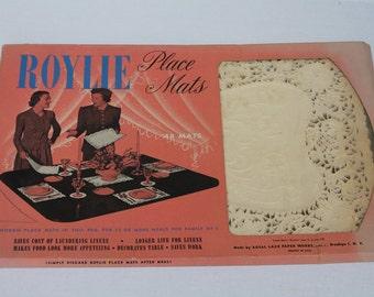 Roylie Paper Doilie Placemats Paper Lace Doily Rectangular 28 pieces