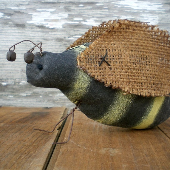 Primitive Folk Art Busy Bee Summertime Shelf Sitter Cottage Chic Ornament Black And Yellow