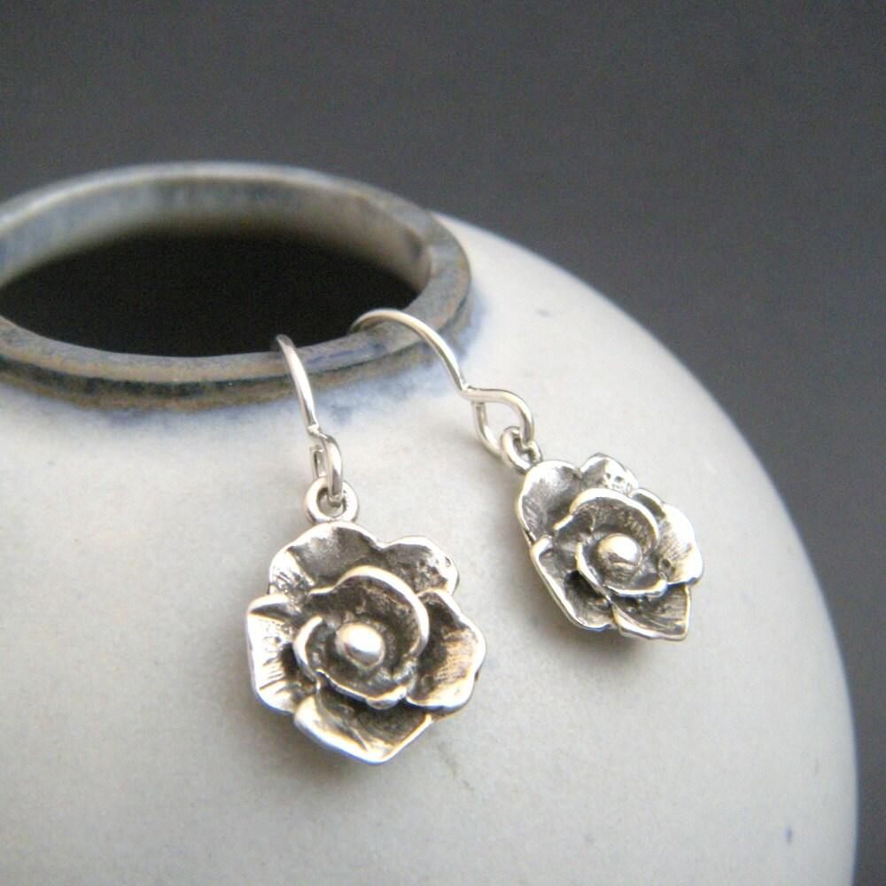 small silver flower earrings sterling silver dangle