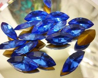 8 Stunning Navette Sapphire blue Swarovski Crystals  15mm x 7mm