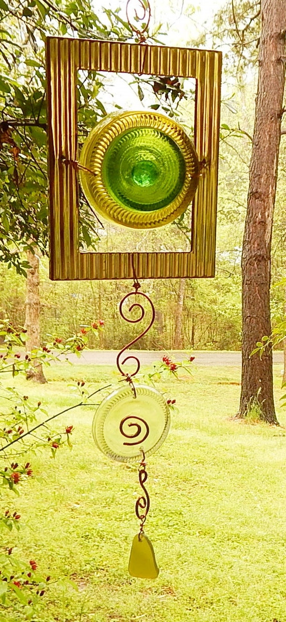 Window art suncatcher recycle glass recycled by serendipitini for Recycled window frames