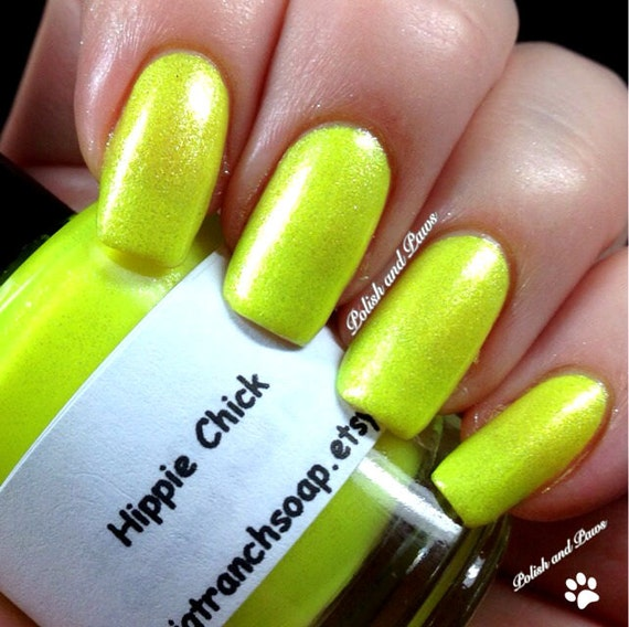 Fluorescent Neon Pink Nail Polish: Neon Yellow Nail Polish Fluorescent HIPPIE CHICK UV