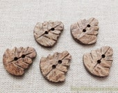 5PCS Natural Raw Coconut Buttons - Lovely Chic Fall Leaf Leaves (5PCS)