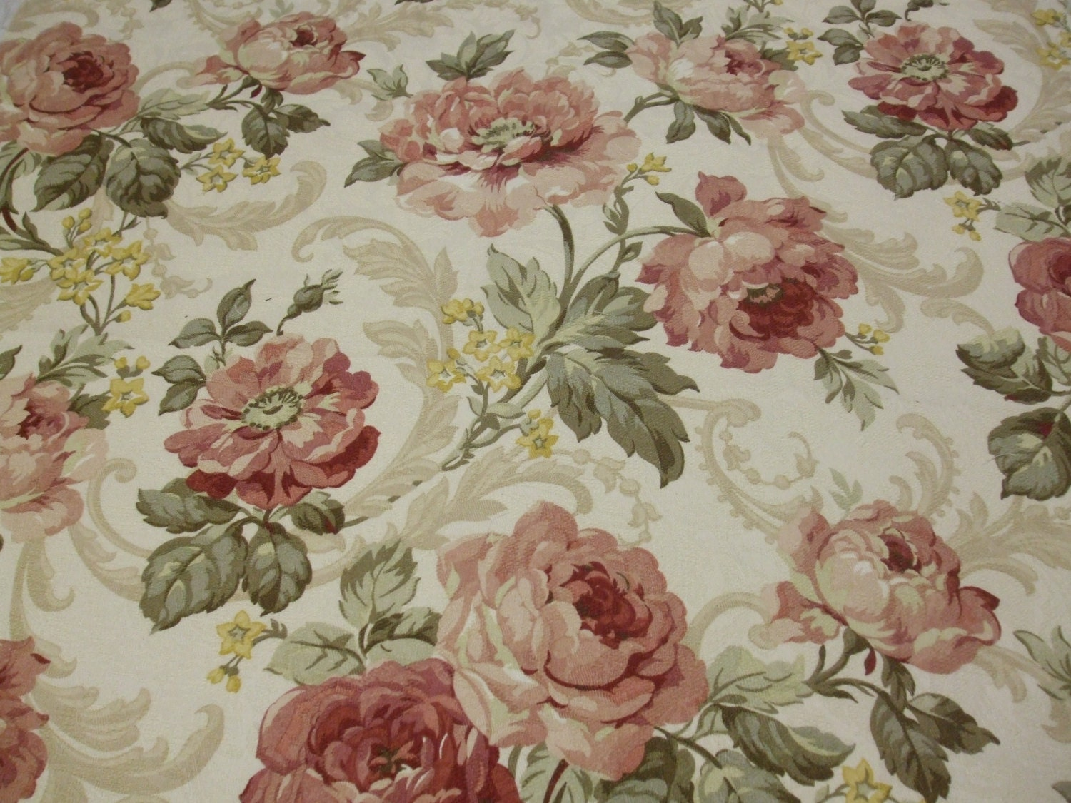 100 Cotton Cabbage Roses Drapery Fabric Upholstery Fabric