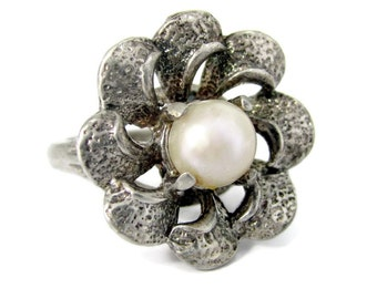 Vintage PEARL FLORAL STERLING Ring Artisan Made Silver Mid Century Modern Sz. 5