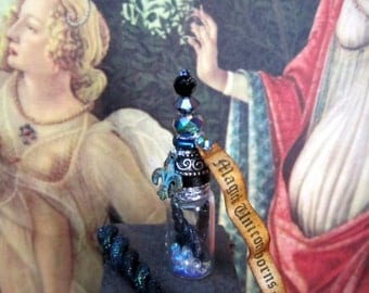 Magick  Black  Unicorn Horns Potion Bottle  dollhouse miniature in 1/12 scale