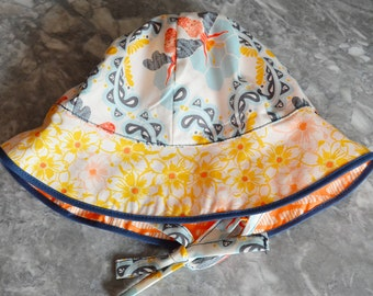 Bees a Buzzin Sunhat with ties for an adjustable fit