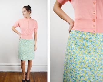 10.00 dollar final sale //  1960s Blue Floral Skirt - XXS
