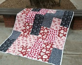 Lap Quilt, Black and White Quilt, Red White Quilt, Hearts Blanket, Red White Blanket, Throw Blanket, Black and Pink Quilt, Quiltsy Handmade