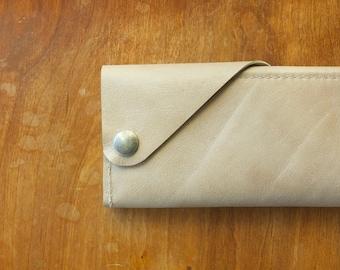 Leather Wrap Wallet in London Fog
