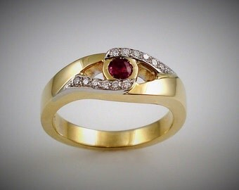 RUBY and DIAMONDS ring - Yellow and white gold