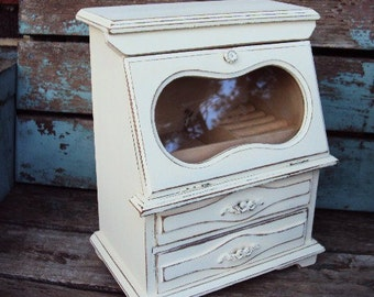 Vintage Shabby Chic Wood Jewelry Box  Distressed Chippy Antique White Jewelry Display