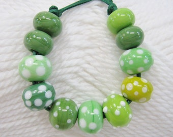 Green Lampwork Beads-Wickedly Green Elphaba Handmade  Beads
