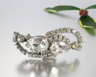Deco Rhinestone Pin Brooch Pear White Evening Formal Wedding Bridal Brooch Vintage  - W3339