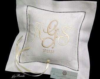 Irish Linen Ring Bearer Pillow, Personalized Ring Pillow, Monogrammed Ring Bearer Pillow, Style 6149