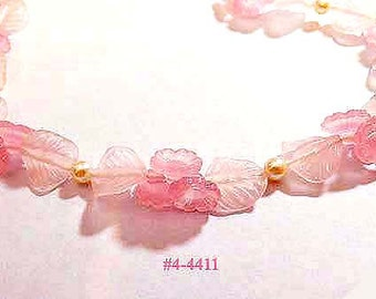 FREE SHIP Vintage Pink Flowers and Leaves Necklace (4-4411)