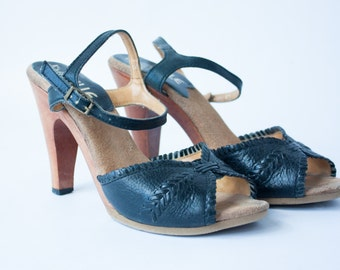 Brazilian Vintage 70's Heels Woven Black Leather Wood Heel Sandals / Ankle Strap Sandal / 7.5 8 / 38