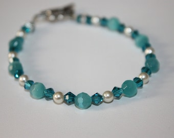 Turquoise Cats Eye and Swavorski Bracelet
