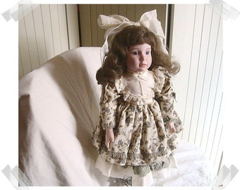 Porcelain Dynasty Doll Collection- Cayala/ 1989/ w/Stand & Original Box/ Vintage*