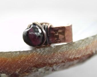Copper ear cuff with wrapped garnet stone - Copper ear cuff - Stone ear cuff - Select your stone - Body jewelry - No pierce earrings - ER045