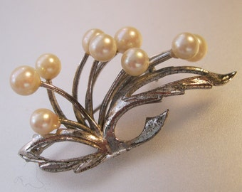 Vintage Genuine Cultured Pearl Sterling Brooch Pin 1950s Jewelry Jewellery FREE SHIPPING