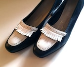 Vintage Shoes Women's 80's Ferragamos, Leather, Navy, White, Loafer, Pumps (Size 6 1/2)