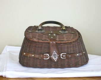 Vintage Wicker and Leather Purse, Mr Jonas Made in Hong Kong Basket Weave Handbag, Fabric Lining, Very Good  Condition
