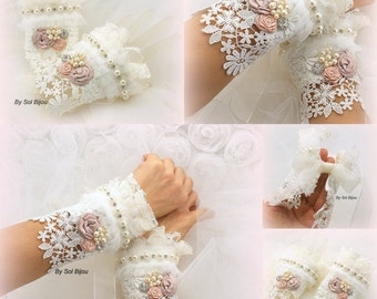 Wedding Gloves, Lace Gloves, Ivory, Rose, Blush, Pink, Wedding Cuffs, Bridal Gloves, Fingerless, Elegant, Vintage Style, Pearls, Crystals