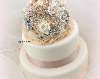 Cake Topper, Tan, Beige, Gold, Champagne, Ivory, Rose, Brooch, Vintage Wedding, Jeweled, Cake Decoration, Crystals, Pearls, Lace