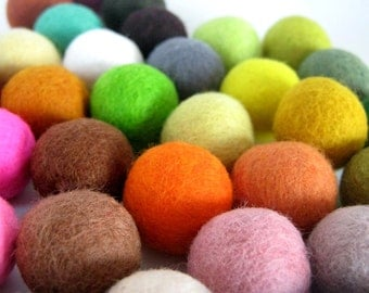 Set of 4 Cat Rattle Toy Balls - Big Size - Wool Felted - Jingle  Bell