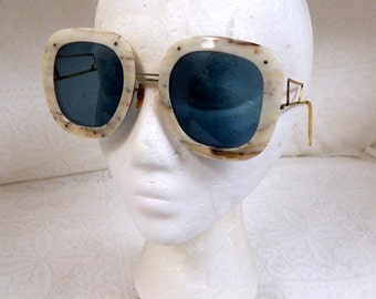 Retro 1960s May(Co) USA Large Funky GF Sunglasses FRee Shipping within the USA