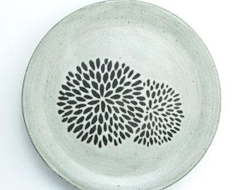 "9.5"" Dinner Plate, Design: Chrysanthemum - MADE TO ORDER"