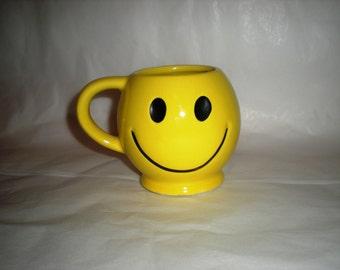 McCoy Happy Face Mug  -  Perfect - 1960's