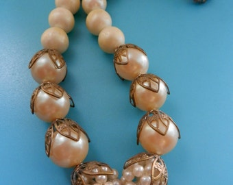 1950s Vintage one Strand italian Pearl Necklace with lovely flower clasp - art.607/3-