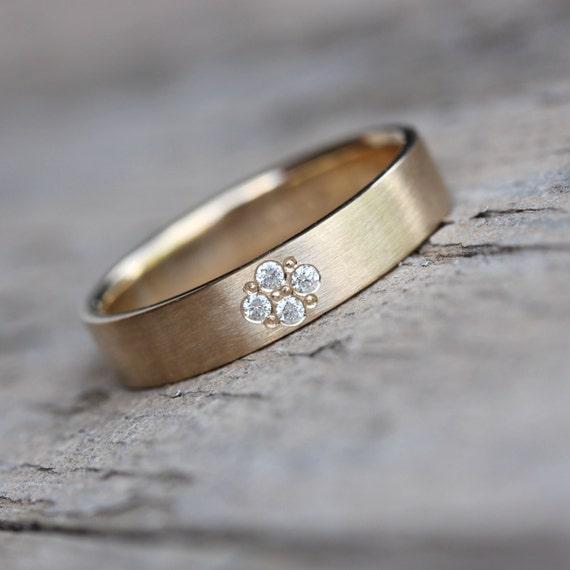 Modern 14k Yellow Gold Diamond Wedding Band Unisex Comfort Fit