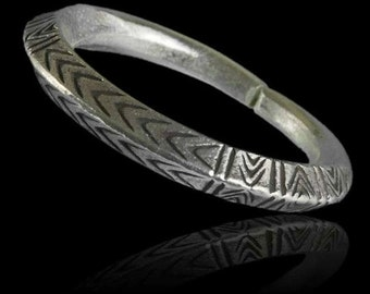 Tribal silver ring, Silver ring with carvings, Unisex silver ring, Tribal jewellery, Ethnic jewellery, Ethnic ring