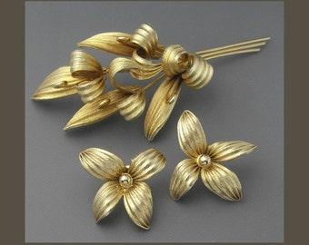 Hobe Leaf Set, Hobe Leaf Brooch, Hobe Leaf Earrings, Gold Brooch, Gold Earrings, Hobe Set