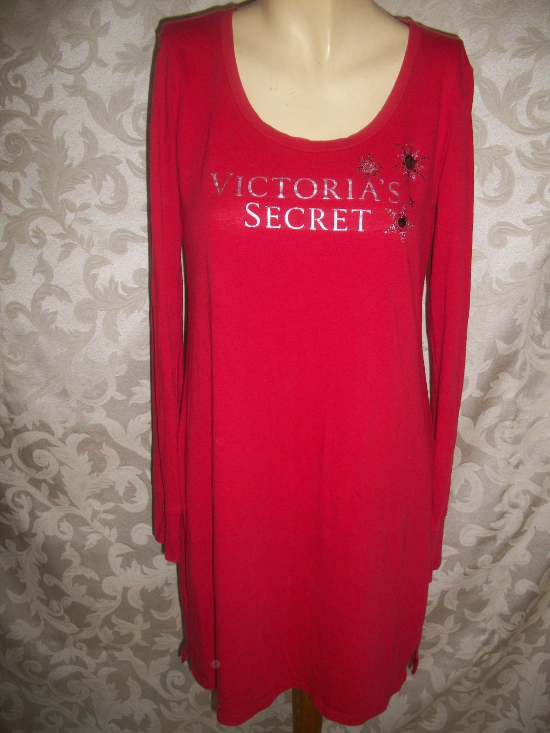 Vintage victorias secret red cotton long sleep shirt Long cotton sleep shirts
